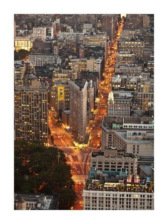 https://imgc.allpostersimages.com/img/posters/aerial-view-of-flatiron-building-nyc_u-L-F8V4EY0.jpg?p=0