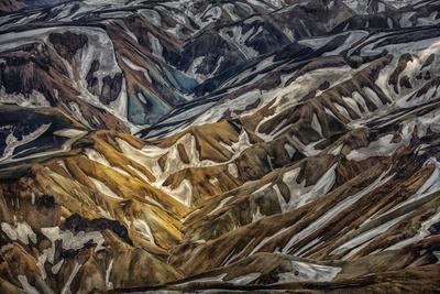 https://imgc.allpostersimages.com/img/posters/aerial-view-of-landmannalaugar-central-highlands-iceland_u-L-PZSA4V0.jpg?p=0