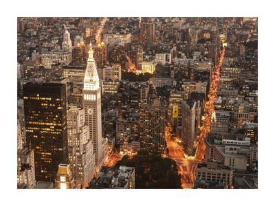 https://imgc.allpostersimages.com/img/posters/aerial-view-of-manhattan-with-flatiron-building-nyc_u-L-F8V4FX0.jpg?p=0