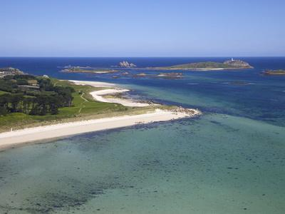 https://imgc.allpostersimages.com/img/posters/aerial-view-of-tresco-isles-of-scilly-england-united-kingdom-europe_u-L-PFNCP90.jpg?p=0
