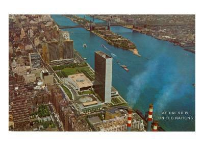 https://imgc.allpostersimages.com/img/posters/aerial-view-united-nations-building-new-york-city_u-L-PDPZ1X0.jpg?p=0