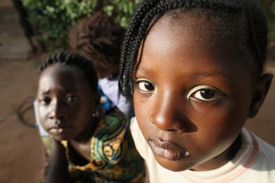 https://imgc.allpostersimages.com/img/posters/african-children-lome-togo_u-L-Q1GYLNT0.jpg?artPerspective=n