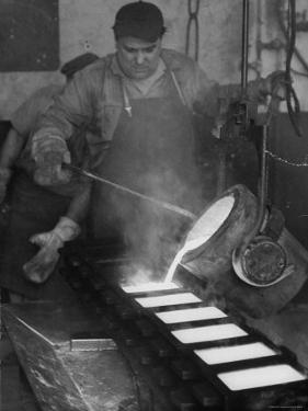 Gold Being Melted and Made Into Gold Bricks at US Mint by Al Fenn