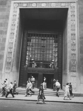 The Main Entrance to the Chase Manhattan Bank by Al Fenn