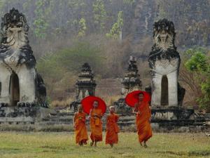 Novice Buddhist Monks, Doi Kong Mu Temple, Mae Hong Son, Northern Thailand, Asia by Alain Evrard