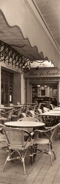 Café la Nuit by Alan Blaustein