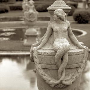 Giardini Italiano I by Alan Blaustein