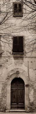 La Porta Via, Volterra by Alan Blaustein