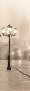 Plaza de España, Oviedo by Alan Blaustein