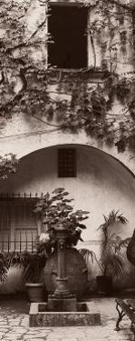 Portico, Ravello by Alan Blaustein