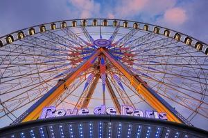 Rue de Paris by Alan Blaustein