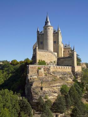 Alcazar, Segovia, Spain by Alan Copson