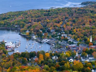 Camden, Maine, USA by Alan Copson