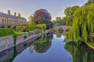 Clare and King's College Bridges over River Cam, the Backs, Cambridge, Cambridgeshire, England by Alan Copson