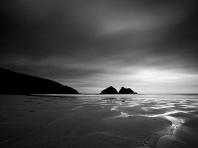 Cornwall, Holywell Bay, Holywell Beach and Carters or Gulls Rocks, UK by Alan Copson