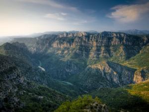 Gorges Du Verdon, Provence-Alpes-Cote D'Azur, France by Alan Copson