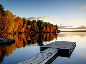 Maine, Baxter State Park, Lake Millinocket, USA by Alan Copson
