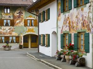 Mittenwald, Luftlmalerei, Bavaria, Germany by Alan Copson