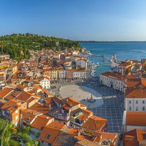 Slovenia, Primorska, Piran, Old Town, Tartinijev Trg (Tartini Square) by Alan Copson