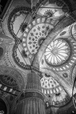 Turkey, Istanbul, Sultanahmet, the Blue Mosque (Sultan Ahmed Mosque or Sultan Ahmet Camii) by Alan Copson