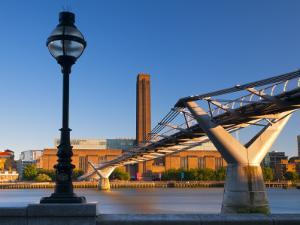 Uk, London, Bankside, Tate Modern and Millennium Bridge over River Thames by Alan Copson