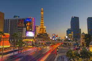 Usa, Nevada, Las Vegas, the Strip, Paris Las Vegas and Bally's Hotel and Casinos. by Alan Copson