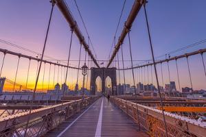Usa, New York, Brooklyn Bridge by Alan Copson