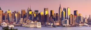 USA, New York, Manhattan, Midtown across the Hudson River by Alan Copson