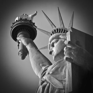 USA, New York, Statue of Liberty by Alan Copson