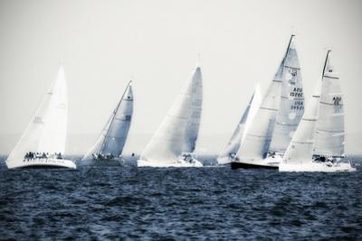 Summertime Race 3 by Alan Hausenflock