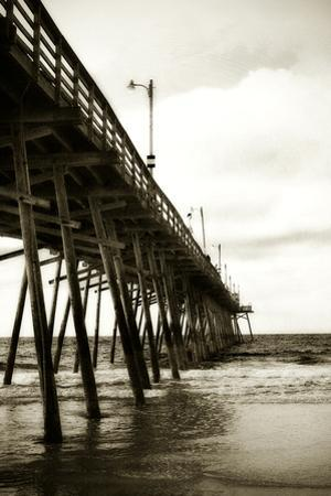 Triple S Pier II by Alan Hausenflock
