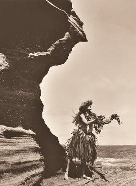 Lei To The Sea - Hawaiian Hula Dancer by Alan Houghton