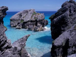 Beach on South Coast, Bermuda, Caribbean by Alan Klehr