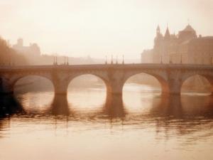 Pont Neuf, Paris by Alan Klug