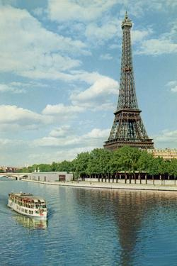 Eiffell Tower by Alan Paul