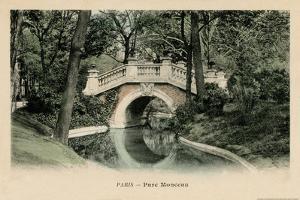 Parc Monceau by Alan Paul
