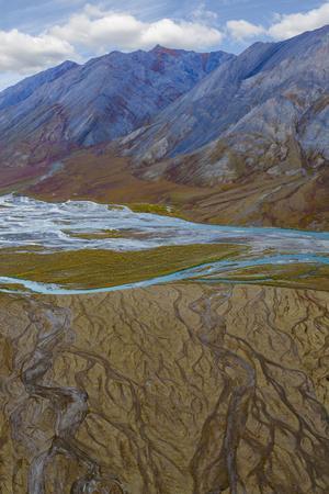 https://imgc.allpostersimages.com/img/posters/alaska-brooks-range-arctic-national-wildlife-refuge-montain-landscape-and-river_u-L-Q1D0B840.jpg?p=0