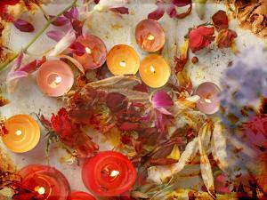 Atmospheric Table Decoration with Candles and Blossoms in Orange, Yellow, Brown and Natural Tones by Alaya Gadeh
