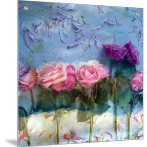 Kingdom Of Roses, no. 3 by Alaya Gadeh