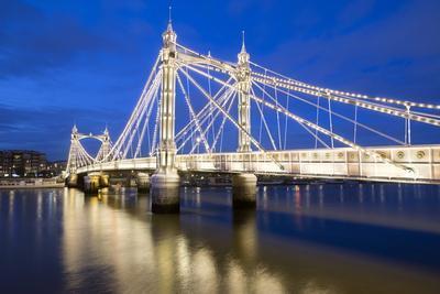 https://imgc.allpostersimages.com/img/posters/albert-bridge-and-river-thames-at-night-chelsea-london-england-united-kingdom-europe_u-L-PQ8PRB0.jpg?p=0