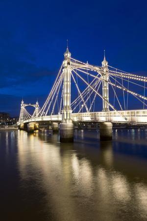 https://imgc.allpostersimages.com/img/posters/albert-bridge-and-river-thames-at-night-chelsea-london-england-united-kingdom-europe_u-L-PQ8PRN0.jpg?artPerspective=n