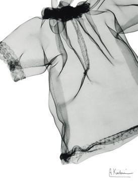 Editorial X-Ray Blouse 1 by Albert Koetsier