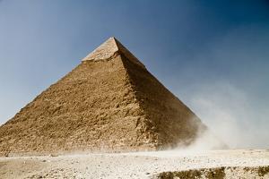 Khafre Pyramid by alejocock