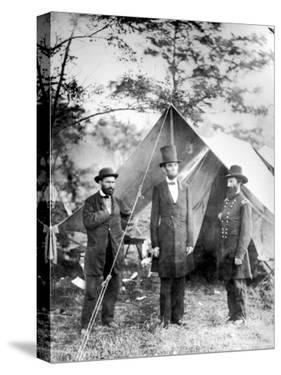 Maj. Allan Pinkerton, US President Abraham Lincoln and Gen. John McClernand, during the Civil War by Alexander Gardner