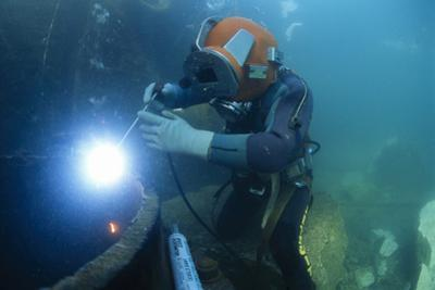 Commercial Diver Welding by Alexis Rosenfeld