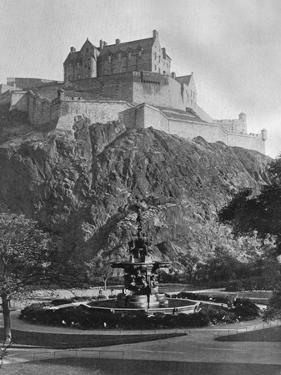 The Castle and Ross Fountain, Edinburgh, 1924-1926 by Alfred Hind Robinson
