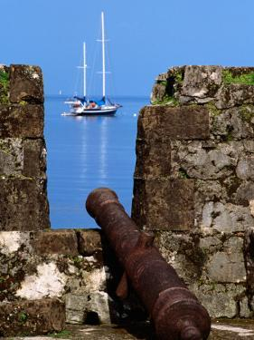 Cannon at Ruins of San Jeronimo Fort (1753), Yacht in Background, Portobelo, Panama by Alfredo Maiquez