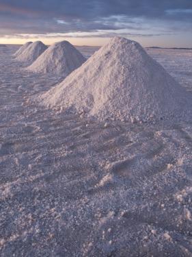 Salt Piles by Alfredo Maiquez
