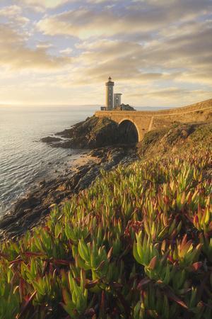 Europe, France, Brittany - The Lighthouse Of The Petit Minou During A November Sunrise (Plouzané)