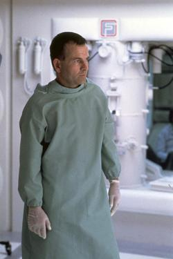Alien, 1979 directed by Ridley Scott with Ian Holm (photo)